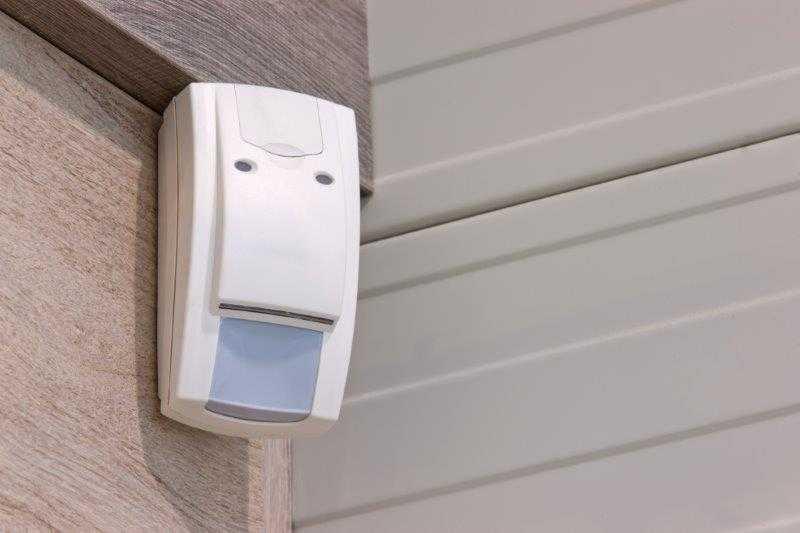 Cercas Elétricas e Alarmes